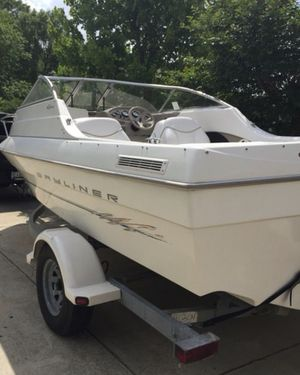 Bayliner Boat - NEED TO SELL for Sale in White Plains, MD
