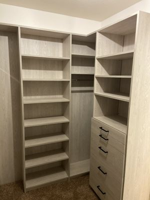 Custom closets and Cabinets for Sale in Los Angeles, CA