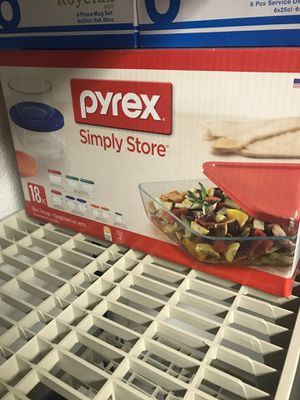 18 pieces brand new Pyrex for Sale in Sterling Heights, MI