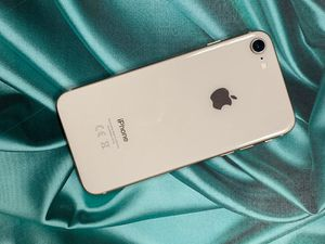 IPhone 8 64gb unlocked each phone for Sale in Malden, MA