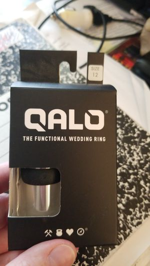 Qalo mens wedding band brand new! Size 12 for Sale in Weaverville, NC