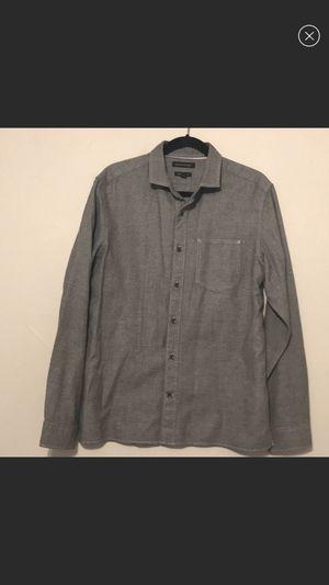 Men's Banana Republic size medium gray button down shirt for Sale in Roanoke, TX