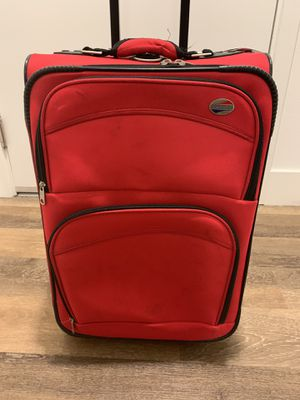 AMERICAN TOURISTER CARRY-ON LUGGAGE - RED for Sale in San Diego, CA