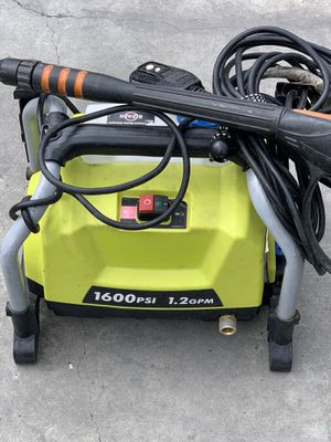 Pressure washer for Sale in San Leandro, CA