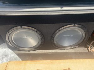 Kenwood 2 12s for Sale in Miami Gardens, FL