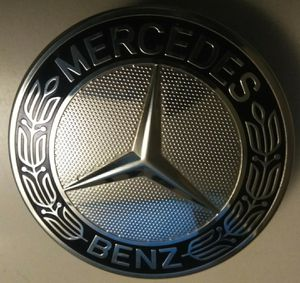 Mercedes Benz Center caps A171 400 01 25 for Sale in Dumfries, VA