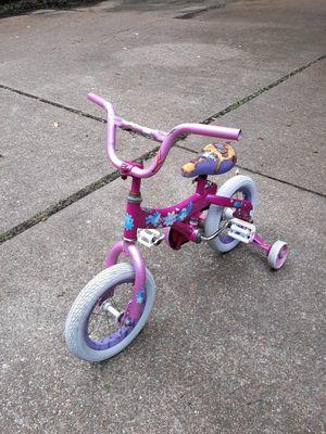 Little girls bike with training wheels for Sale in Saint Ann, MO