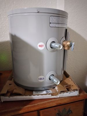 6 GALLON trailer electric water heater , , still in the box for Sale in Oklahoma City, OK