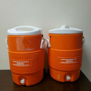 2 Igloo Drinking Water Coolers for Sale in San Antonio, TX