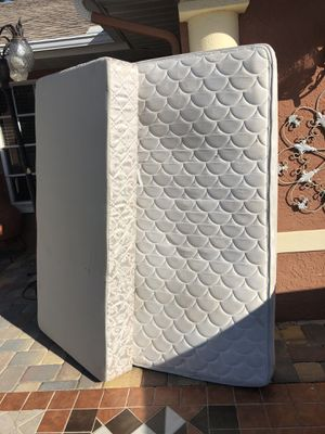 Twins mattress and box springs for Sale in Fort Myers, FL