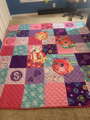 SHOPKINS BEDSPREAD for Sale in Raleigh, NC