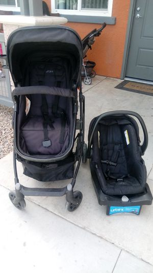 Urbini car seat and stroller set for Sale in Las Vegas, NV