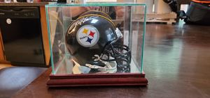 Signed and framed Pittsburgh Steelers Ryan Clark mini helmet for Sale in Forest, VA