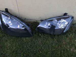 2002-2006 Nissan Altima Headlights/Taillights for Sale in Gold Bar, WA