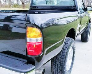 RUNNING GREAT EVERYTHING TOYOTA TACOMA 2001 BLACK COLOR for Sale in Killeen, TX