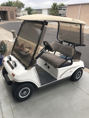 Very nice Club Car 2000 48 volt w/Charger for Sale in Surprise, AZ