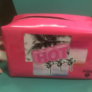 Victoria's Secret Pink Cosmetic Bag New With Tags for Sale in Visalia, CA