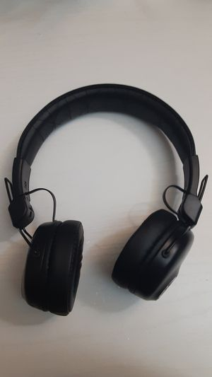 Bluetooth headphones for Sale in Charlotte, NC