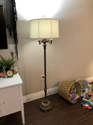 Antique floor lamp w/ marble base for Sale in Costa Mesa, CA
