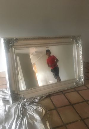 Antique Wall Mirror for Sale in Wildomar, CA