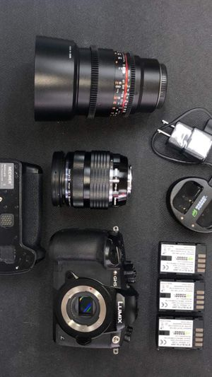 Panasonic Lumix GH5 with Olympus 12-40mm f/2.8 lens /tamron 85mm 1.8 (Like New) + Battery Grip and 3 batteries total! Retails for $2,600 +tax! for Sale in Arlington, TX