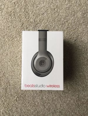 Beats studio wireless brand new for Sale in Mentor, OH