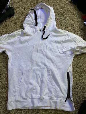 White Hoodie Shirt (M) for Sale in Fort Washington, MD