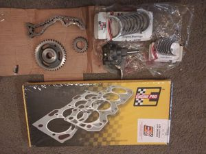 1994-1997 GMC Truck Engine Gasket set ..Oil Pump Engine bearings and timing chain for Sale in San Antonio, TX