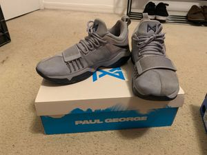 Glacier grey/midnight navy pg 1 size 10 men's basketball shoe for Sale in Cocoa, FL