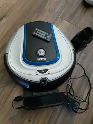 Hoover 700 Robot vacuum for Sale in Tampa, FL