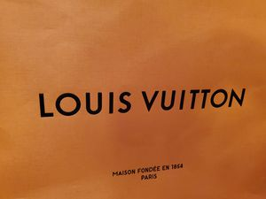 New EMPTY Louis Vuitton Store Bag for Sale in Beaumont, CA