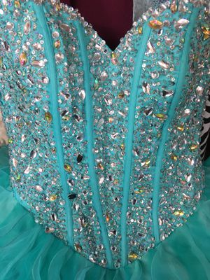 Quinceanera Dress. Size 8 for Sale in Riverside, CA