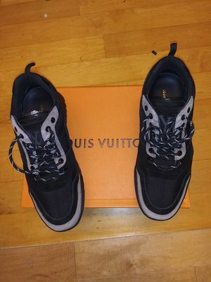 Louis vuitton sneakers size 11 for Sale in New York, NY