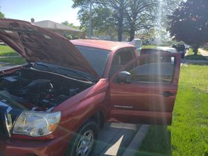 Toyota tacoma for Sale in Chicago, IL