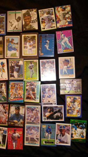 Lot of.. Ken Griffey jr. Baseball cards rookie and more for Sale in Hendersonville, TN
