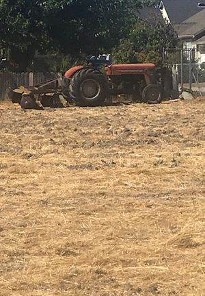 Tracktor with small blades for Sale in Stockton, CA