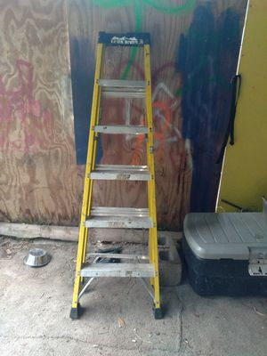 6 foot heavy duty ladder for Sale in Richmond Hill, GA