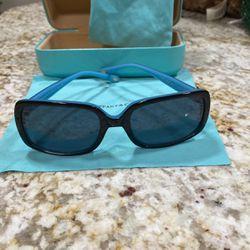 Authentic Tiffany Sunglasses Tf4047B for Sale in Tacoma,  WA