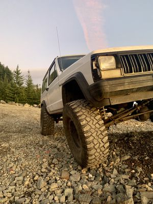 Looking to trade 35's for 33's for Sale in Vancouver, WA