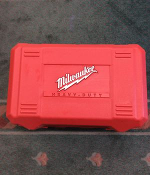 Milwaukee Heavy Duty Tool Box for Sale in Laurel, MD