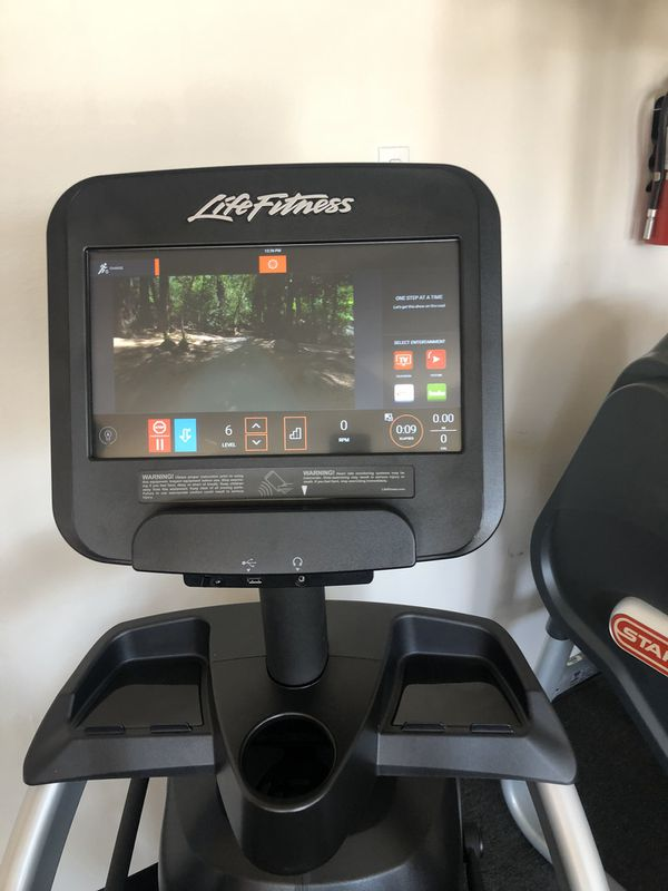 Life Fitness Discover SE3 Arc Trainer Elliptical, gym, fitness