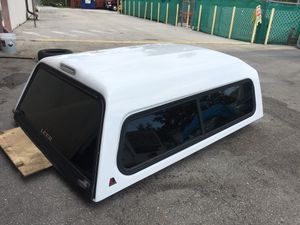 Tinted Leer Camper for Sale in Lehigh Acres, FL