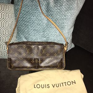 LV Viva-Cite Brown Monogram Shoulder Bag for Sale in La Mirada, CA