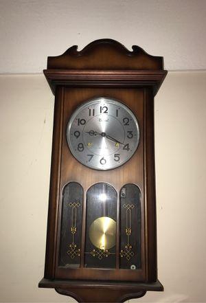 Antique clock for Sale in Bellflower, CA