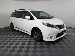 2016 Toyota Sienna for Sale in Gladstone, OR