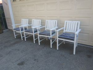 Outdoor patio chairs for Sale in Chatsworth, CA