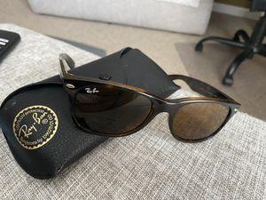 Sunglasses Ray ban for Sale in Nashville, TN