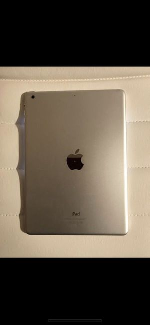 iPad Air 1- 16 GB ONLY Wi-Fi Pick up in Mebane NC for Sale in Mebane, NC