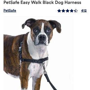 PetSafe Easy Walk Black Dog Harness, Medium/Large OPEN BOX NEWER USED for Sale in Las Vegas, NV
