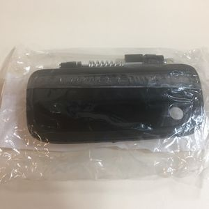 Toyota Tacoma 95-04 Exterior DRIVER SIDE Door Handle for Sale in Portland, OR